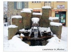 Photo paysage et monuments, Châteaugay - La fontaine