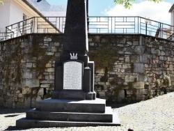 Photo paysage et monuments, Chauriat - le Monument Aux Morts