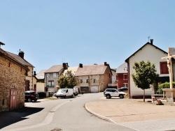Photo paysage et monuments, Giat - La Commune