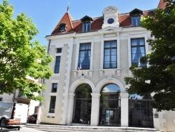 Photo paysage et monuments, Saint-Amant-Tallende - La Mairie
