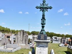 Photo paysage et monuments, Saint-Georges-sur-Allier - le Monument Aux Morts