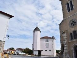 Photo paysage et monuments, Bardos - le Village