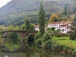 Photo paysage et monuments, Bidarray - Pont sur la Nive
