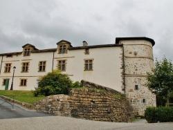 Photo paysage et monuments, Espelette - Ancien Château des Barons d'Ezpeleta
