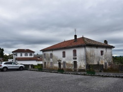 Photo paysage et monuments, Guiche - le Village