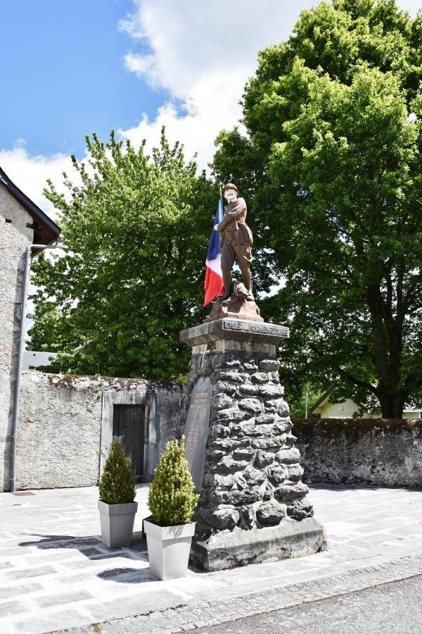 Photo Bizous - le Monument Aux Morts