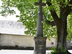 Photo paysage et monuments, Montoussé - le Monument Aux Morts