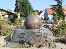 Houssen (68) - la fontaine
