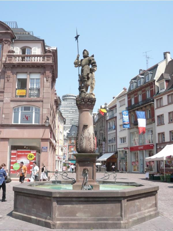 Le Stockbrunnen