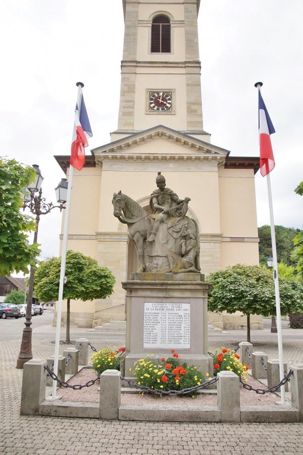 Photo Oltingue - le monument aux morts