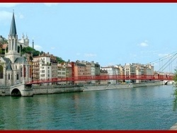 Photo paysage et monuments, Lyon - Eglise et passerelle Saint Georges