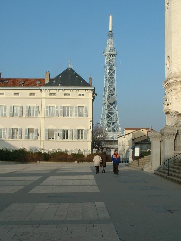 Photo Lyon - La tour métallique