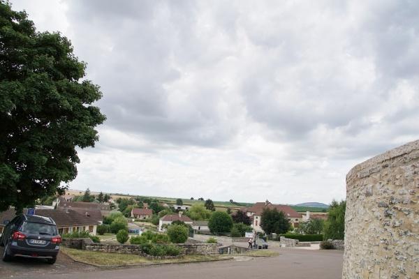 Photo Aluze - Le Village