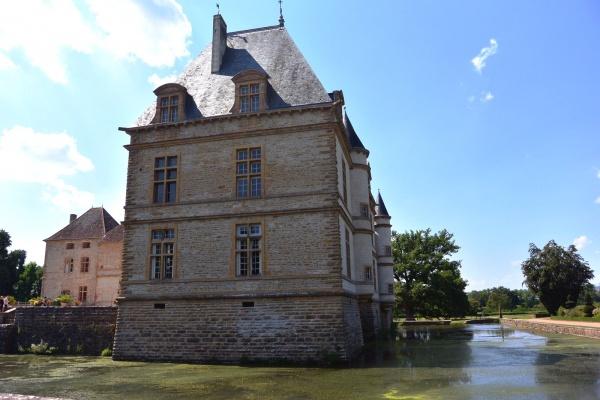 Cormatin.71.Château.J.