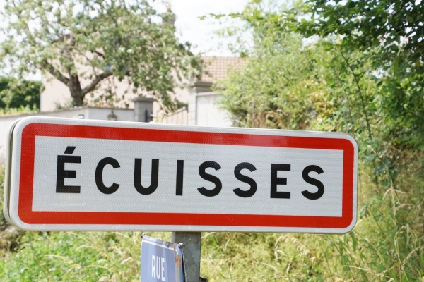 ecuisses (71210)