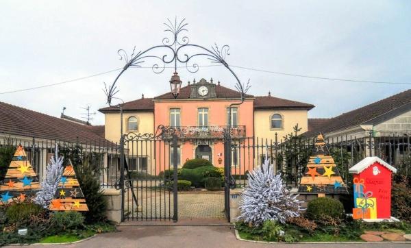 Mairie de Saint-Germain-du-Bois 71, décembre 2019.