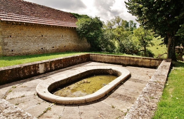 Photo Saint-Gervais-sur-Couches - Le Lavoir