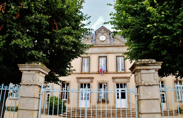 Photo Saint-Gervais-sur-Couches - La Mairie