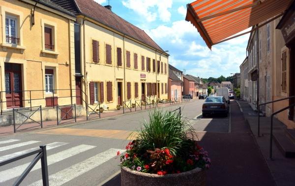 Saint Martin en Bresse - 71. Rue du bourg.