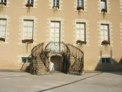 Photo paysage et monuments, La Flèche - Escalier en fer à cheval de la Mairie