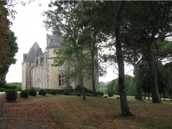 La Renaudière à Saint Julien le Pauvre Neuvy en Champagne