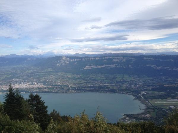 Vue sur le lac du Bourget et Aix-les-Bains