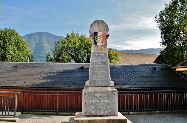 Photo Betton-Bettonet - Monument-aux-Morts
