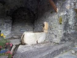 Photo paysage et monuments, Peisey-Nancroix - fontaine à côté de l'église