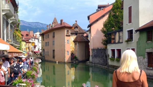 Photo Annecy - Annecy 74-Vieille ville.Août 2014.Le Thiou.3.