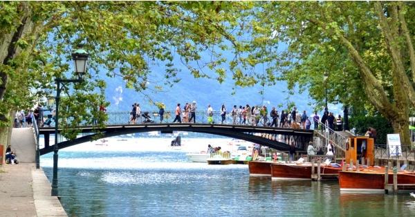 Photo Annecy - Annecy 74-Le pont des amours.