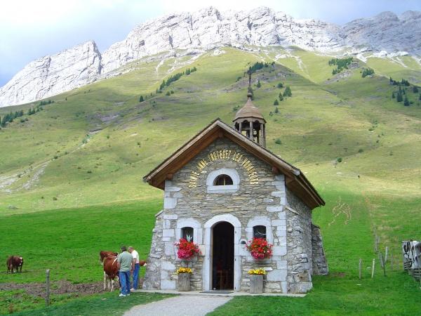 Col des Aravis - Chapelle  (74)