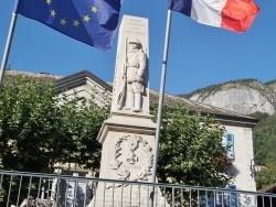Photo paysage et monuments, Mieussy - le monument aux morts