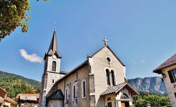 Photo Saint-Jean-de-Sixt - église St Jean-Baptiste