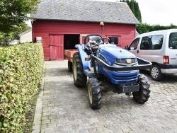 Photo paysage et monuments, Ancretteville-sur-Mer - le tracteur