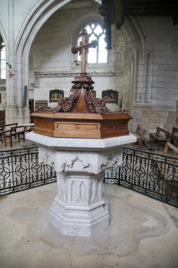 Photo Aumale - église St pierre St paul