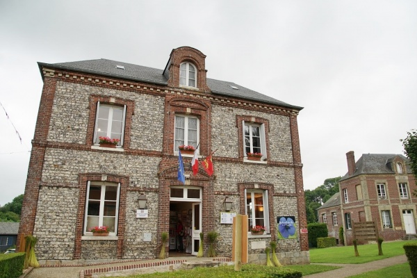Photo Le Bourg-Dun - la mairie