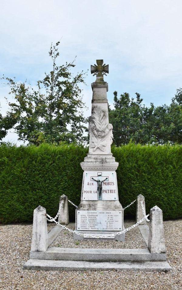 Photo Bretteville-du-Grand-Caux - le monument aux morts
