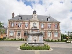 Photo paysage et monuments, Les Grandes-Ventes - la fontaine