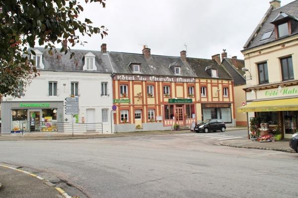 Photo Longueville-sur-Scie - le village