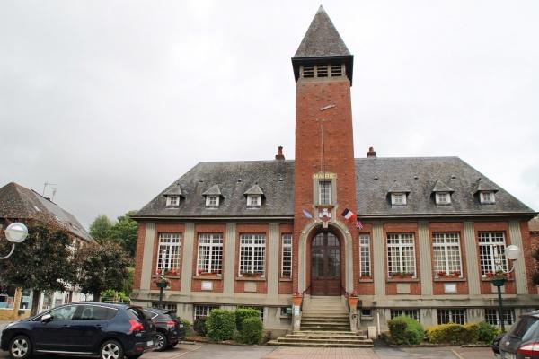 Photo Longueville-sur-Scie - la mairie