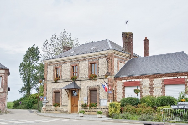 Photo La Poterie-Cap-d'Antifer - la Mairie