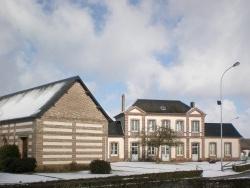 Photo paysage et monuments, Sainte-Croix-sur-Buchy - La mairie en hiver