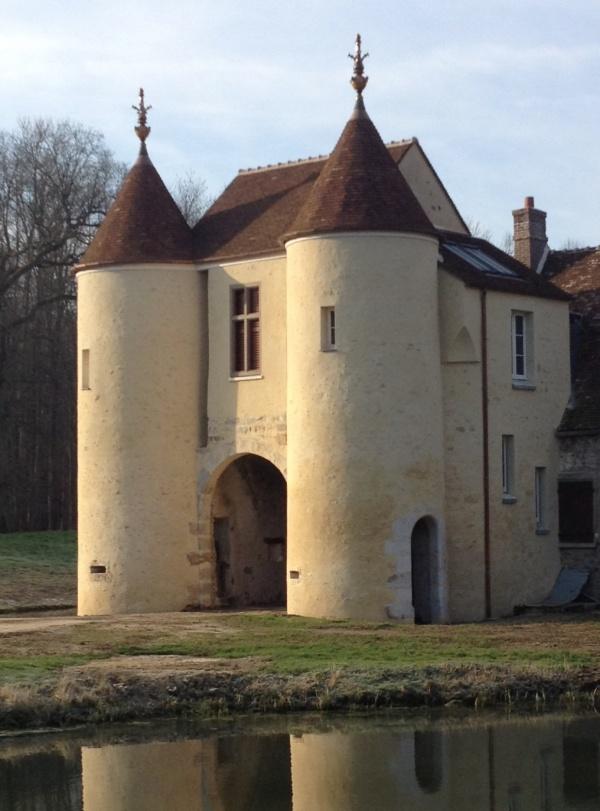 e Domaine du Menillet (autrefois Meniet) Mesnil Forterest