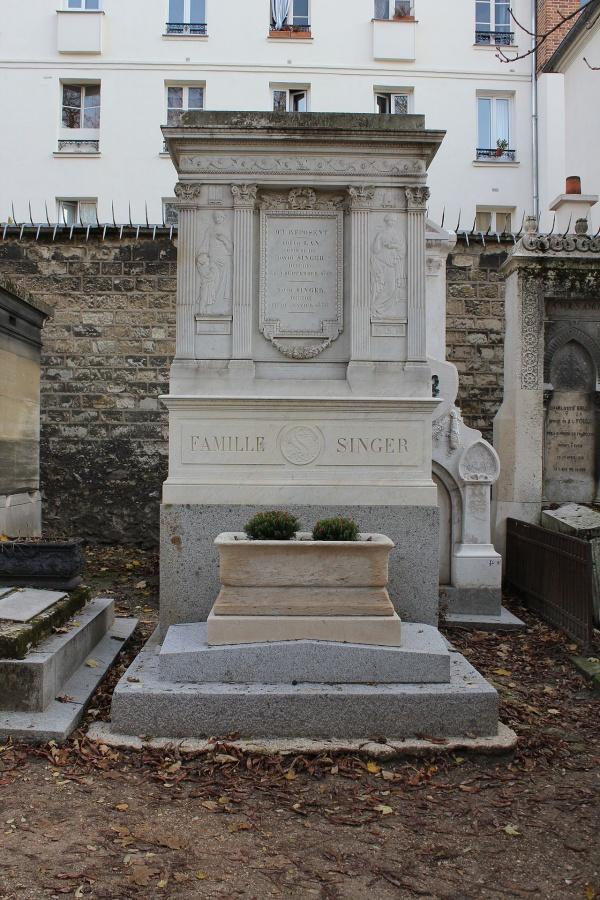 Photo Les Chapelles-Bourbon - Sépulture famille Singer Père Lachaise Paris