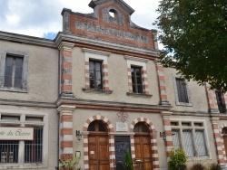 Photo paysage et monuments, Durfort - école-Mairie et Musée du Cuivre