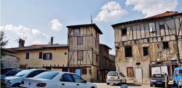 Photo Graulhet - Le Village