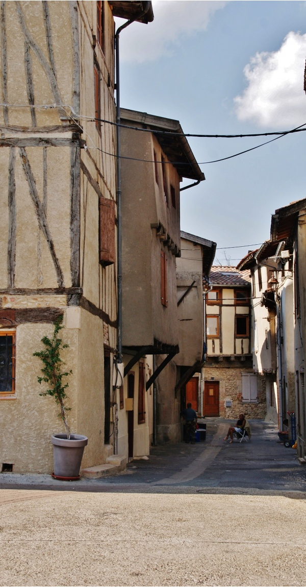 Photo Graulhet - Le Village