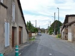 Photo paysage et monuments, Montans - Le Village