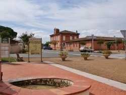 Photo paysage et monuments, Montans - Centre du Village