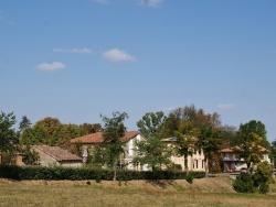 Photo paysage et monuments, Parisot - Le Village